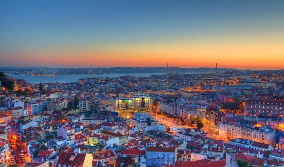 Fotografia-Miradouro-Lisboa-Papel-de-Parede_zpsbf2f5bb2