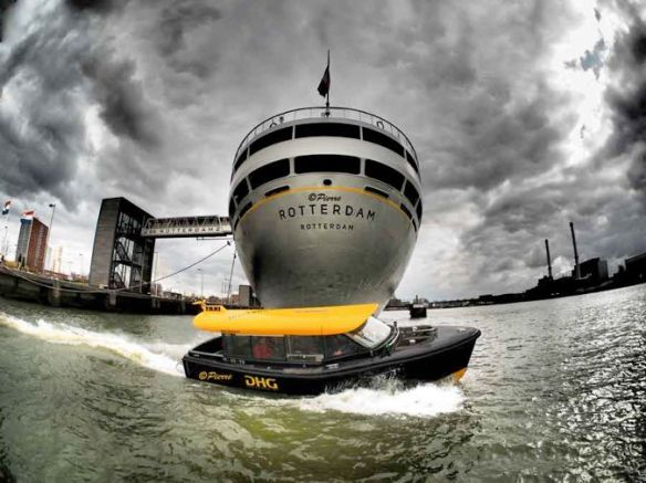 ss-rotterdam-watertaxi