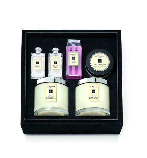 Jo Malone London Christmas Trousseau (open) 715 Euro