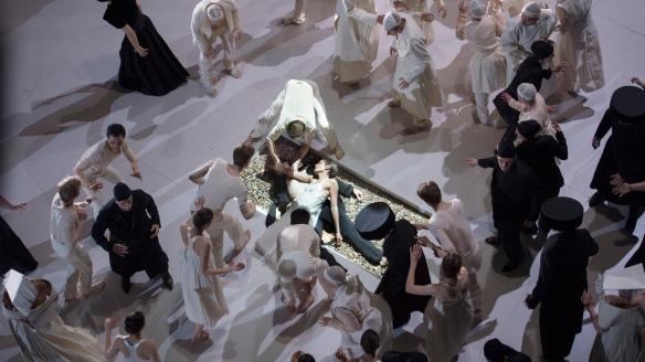 Roméo et Juliette_credits Monika Rittershaus (13)-web (1)