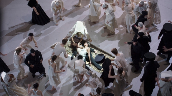 Roméo et Juliette_credits Monika Rittershaus (13)-web