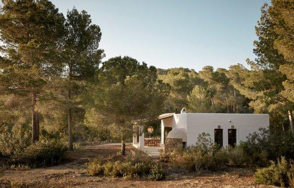 la-granja-ibiza-guesthouse-009-01